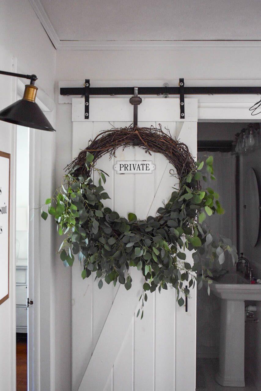 DIY Fresh Eucalyptus Wreath